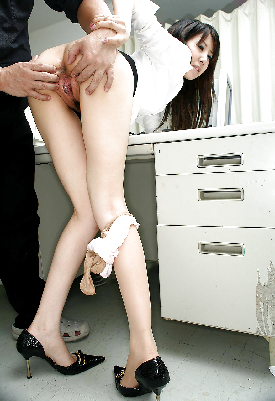 Japanese office girl fucked by her boss foreplay 1829 6